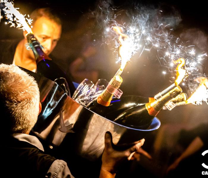 Bouteilles champagne cactus club boite de nuit